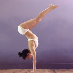 Desi - 3-14 L-handstand - low res